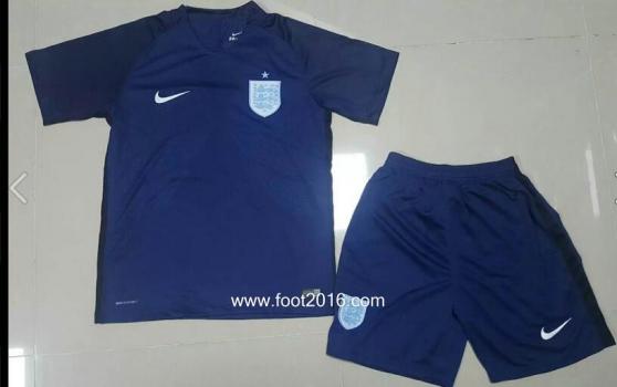 Annonce occasion, vente ou achat 'maillot Angleterre extérieur2017 enfants'
