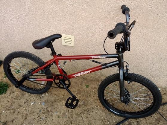 Annonce occasion, vente ou achat 'BMX dirt FREE AGENT'