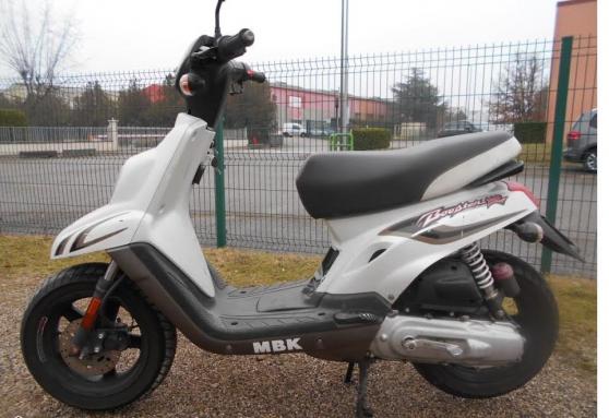 scooter mbk booster tres bon eta general à château-gontier - Annonce gratuite marche.fr