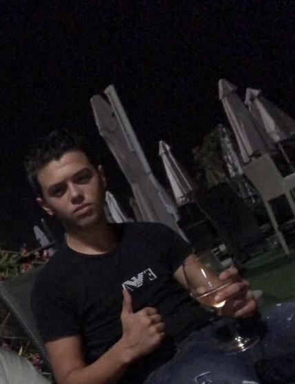 rencontre homme gay algerie à Cagnes-sur-Mer