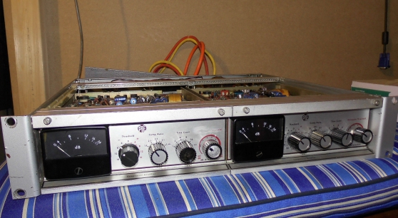 Ancienne PYE Germanium Dual Compressor,
