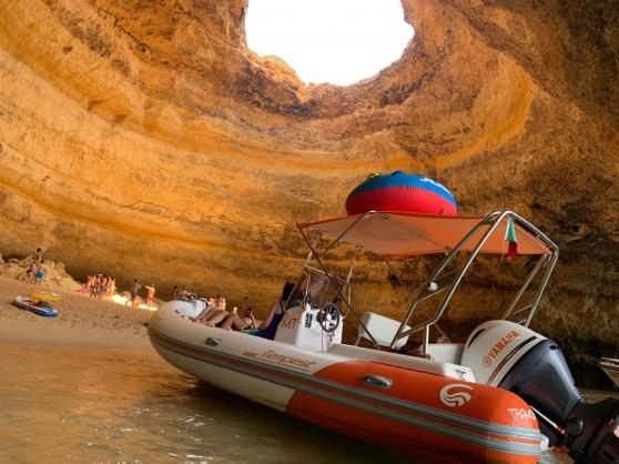 Location de bateau pour 12 personnes