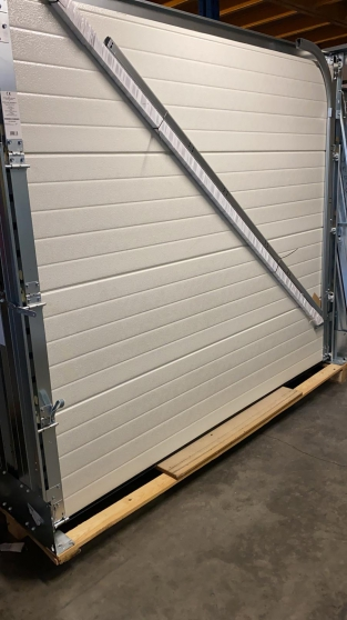 Annonce occasion, vente ou achat 'Porte de garage sectionnelle à bon prix'