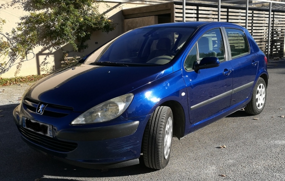 PEUGEOT 307 Bleue - Essence - 5 Places -