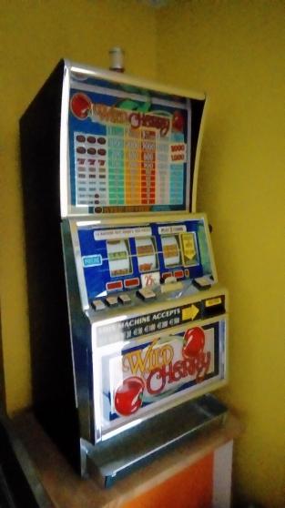 Annonce occasion, vente ou achat 'Machine à sous WILD CHERRY'