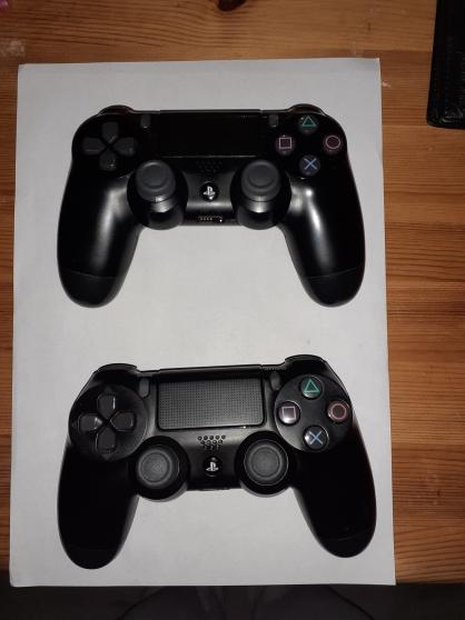 PS4 1 To avec 2 manettes + une dizaine d - Photo 4