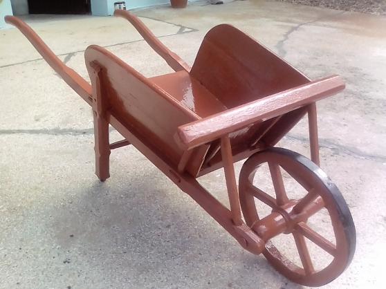 Brouette en bois ancienne 1900 déco