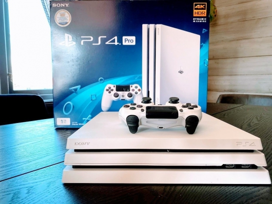 PS4 Pro 1 To - White Edition + écran 4k