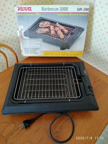 Barbecue gril électrique mobile Nova Mat