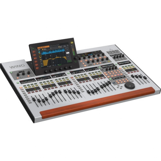 Annonce occasion, vente ou achat 'Behringer WING 48-Channel, 28-Bus Mixer'