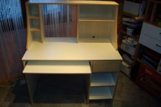 vends bureau pour colier ou coll gien gex meubles d coration bureau fauteuil de bureau. Black Bedroom Furniture Sets. Home Design Ideas