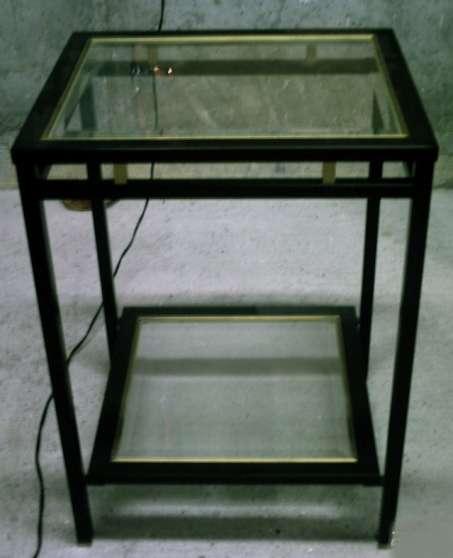 table en verre noir