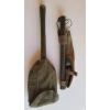 Pelle US pliable 1945  et Pioche US 1944